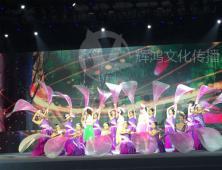 万达集团年会活动舞蹈演员合影